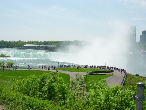 (Horseshoe falls-Niagra Falls, personal picture)