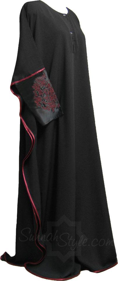 (Henna-inspired sleeved Abayah from Sunnah Style)